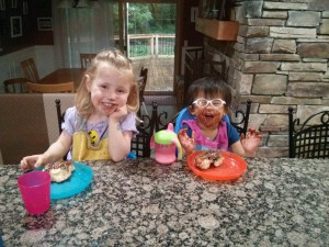 messy eaters- meal times sensory play